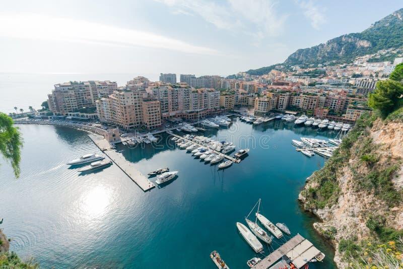 Vista aérea do porto e da residência de Fontvieille imagem de stock royalty free