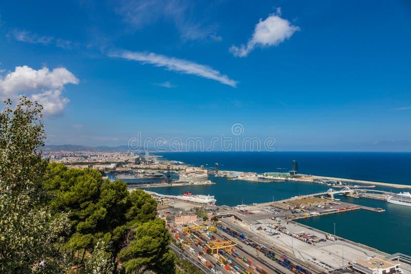 Vista aérea do porto em Barcelona, Espanha fotografia de stock