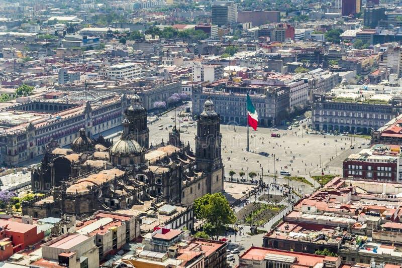 Vista aérea do quadrado principal e da catedral de Cidade do México fotografia de stock royalty free