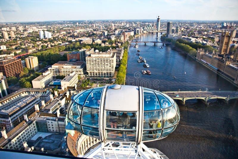 Vista aérea do rio Tamisa no olho de Londres imagem de stock