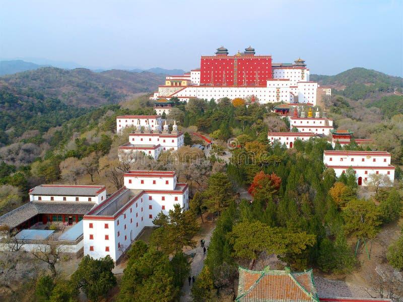 Vista aérea do templo budista de Putuo Zongcheng imagem de stock