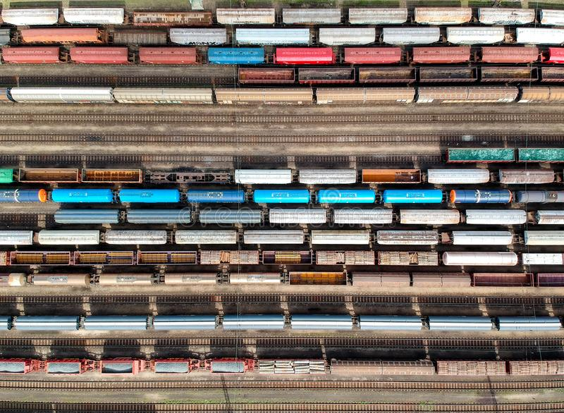Vista aérea dos trens fotografia de stock royalty free
