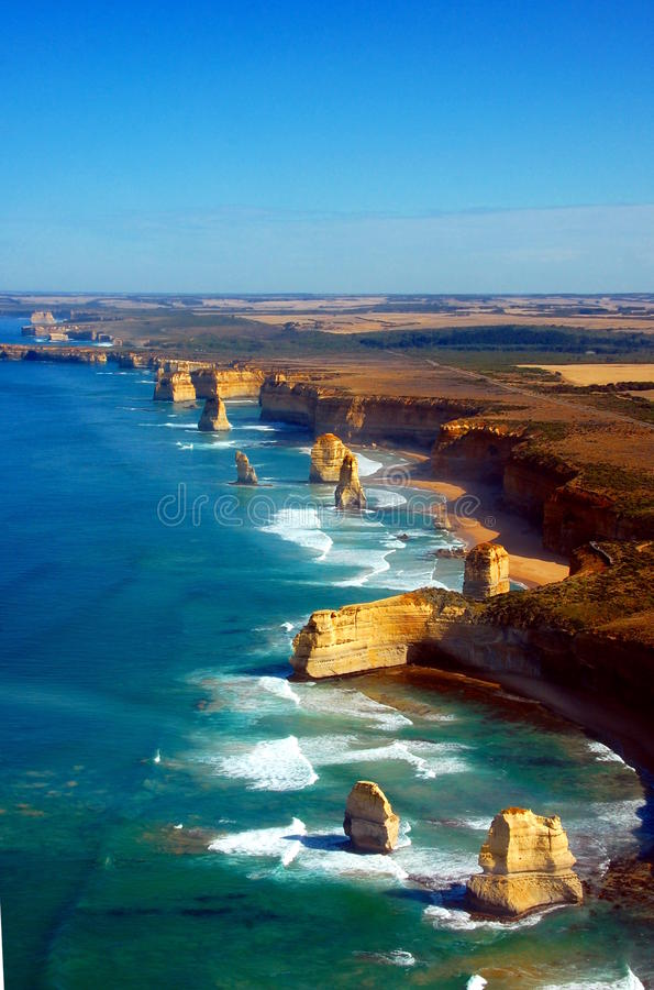 Vista aérea em doze apóstolos, grande estrada do oceano, Austrália. imagem de stock