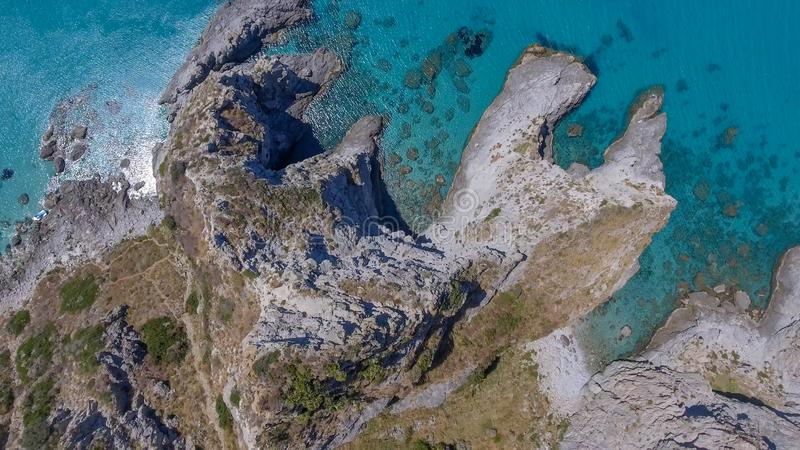 Vista aérea hermosa de la ceja Vaticano, Calabria - Italia foto de archivo