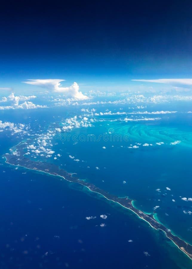 Vista aérea hermosa de las Bahamas fotografía de archivo libre de regalías