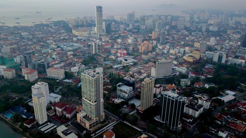 Vista aérea hermosa del paisaje urbano del paisaje de Penang Malasia en el Mach 22 2019 foto de archivo libre de regalías