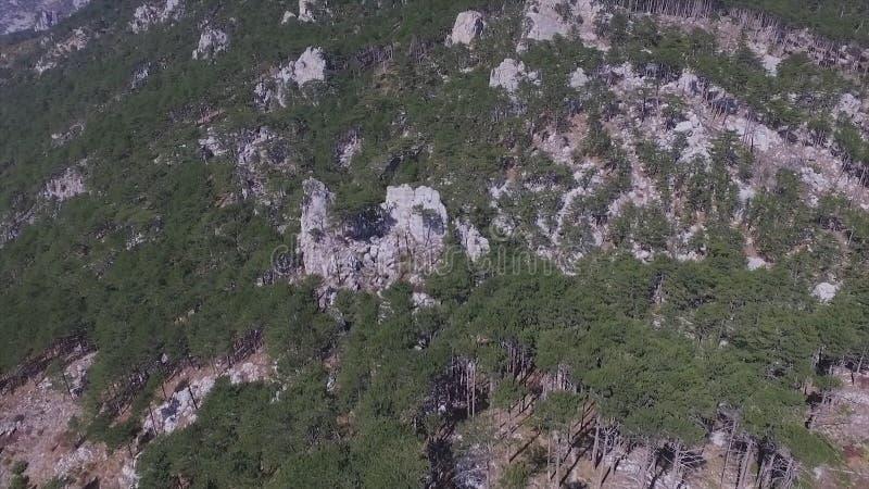 Vista aérea na paisagem da montanha com fundo do por do sol, em algum lugar no Estados Unidos tiro imagem de stock