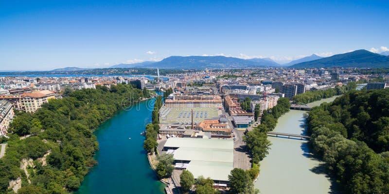 Vista aérea panorámica de Arve un río Rhone confluente en Genev imagen de archivo libre de regalías