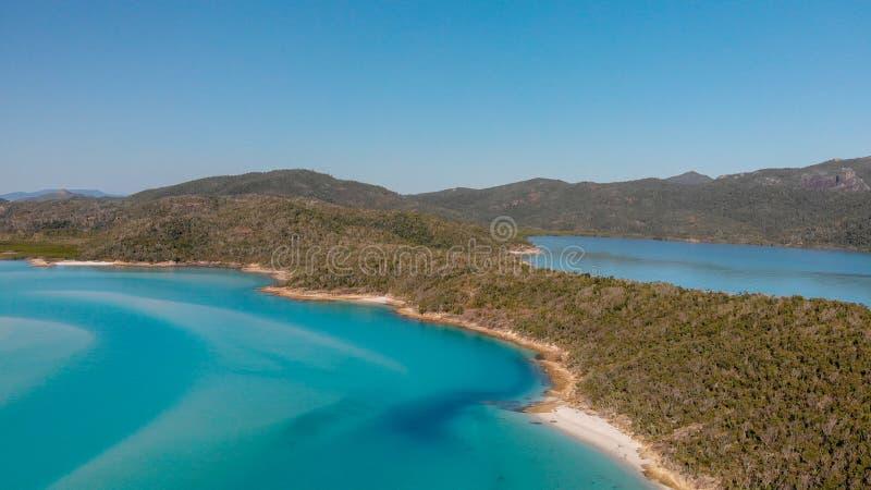 Vista aérea panorámica de la playa de Whitehaven en las islas del Pentecostés, foto de archivo