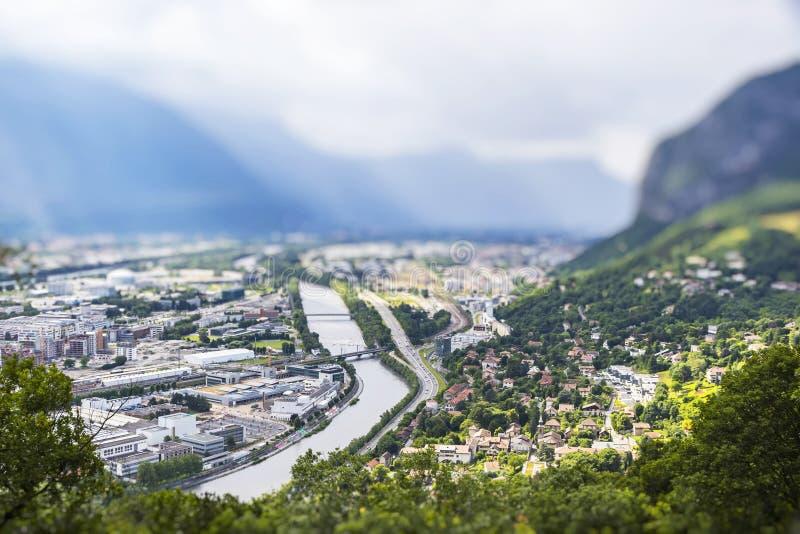 Download Vista Aérea Panorâmico Da Cidade De Grenoble, França Imagem de Stock - Imagem de chuveiros, efeito: 80101139