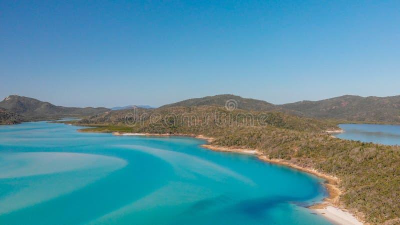 Vista aérea panorâmico da praia de Whitehaven em ilhas do domingo de Pentecostes, fotos de stock