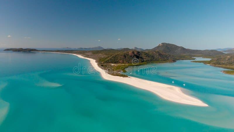 Vista aérea panorâmico da praia de Whitehaven em ilhas do domingo de Pentecostes, imagem de stock