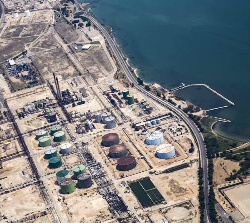 Vista aérea para lubrificar o depósito de Mariagne em Marselha imagens de stock
