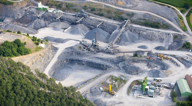 Vista aérea: Pedreira de pedra fotos de stock