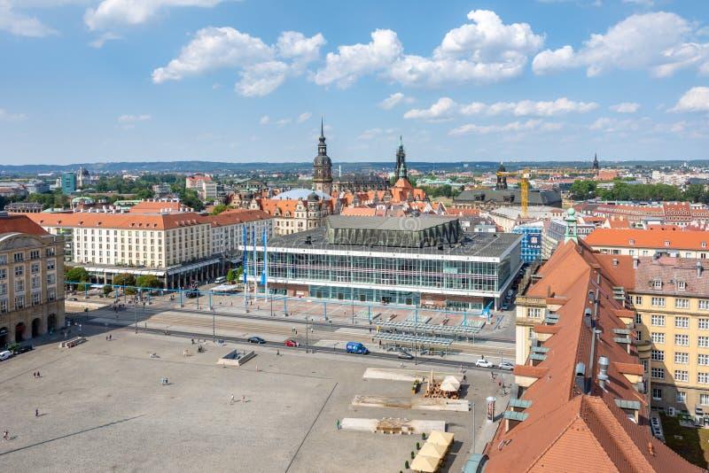 Vista aérea sobre o quadrado de Altmarkt em Dresden imagem de stock