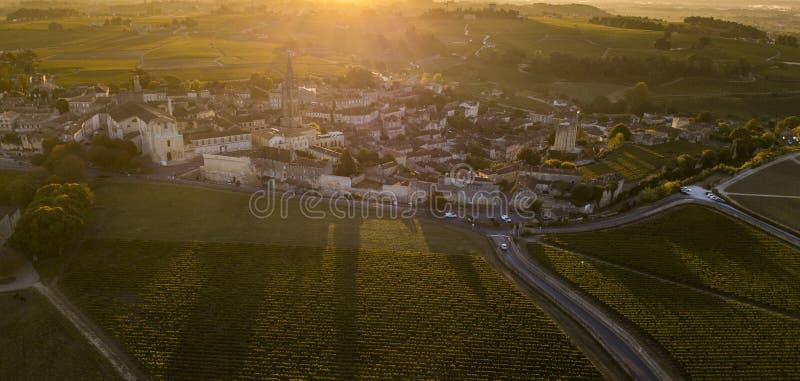 Vista aérea, vinhedos do Bordéus, Saint Emilion, departamento de Gironda, França imagens de stock royalty free