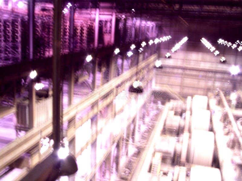 Vista abstrata dentro da planta industrial fotografia de stock royalty free
