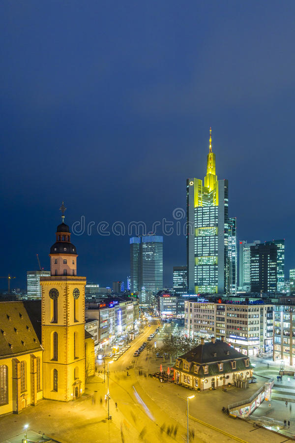 Vista ad orizzonte di Francoforte con Hauptwache immagine stock libera da diritti