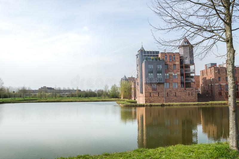 Vista ad un vecchio castello fotografie stock