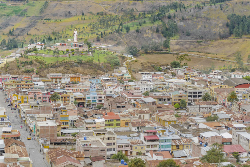 Vista aerea Alausi Ecuador di paesaggio urbano immagini stock