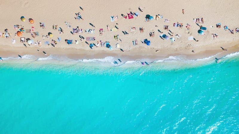 Vista aerea alla spiaggia all'ora legale immagine stock libera da diritti