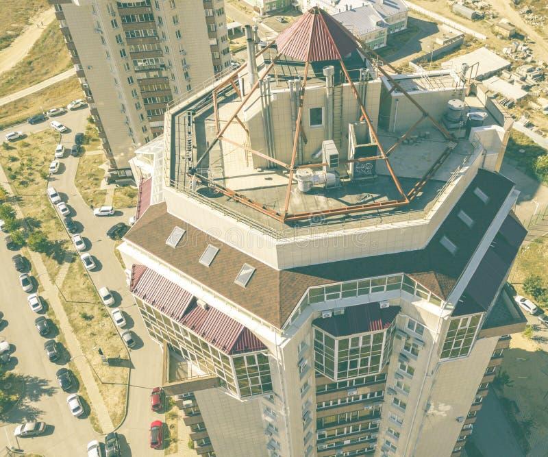 Vista aerea alta vicina degli appartamenti piani della casa nell'area di lusso f immagini stock libere da diritti