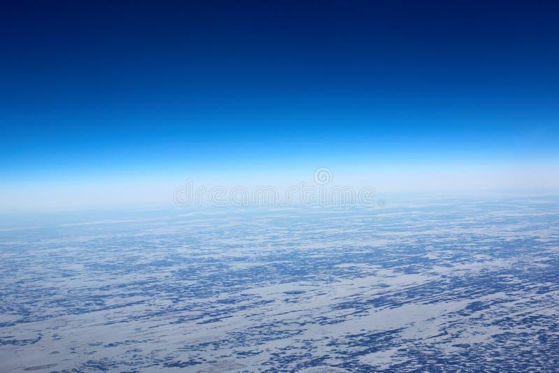 Vista aerea dal piano dell'inverno della Siberia immagine stock libera da diritti