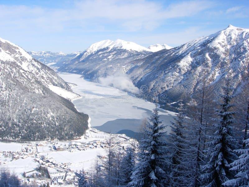 Vista aerea del Achensee, Austria fotografie stock