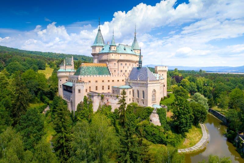 Vista aerea del castello di Bojnice immagini stock libere da diritti