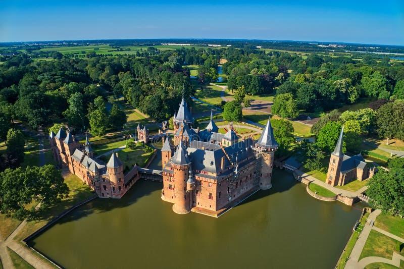 Vista aerea del castello medievale De Haar nei Paesi Bassi, Europ fotografia stock libera da diritti