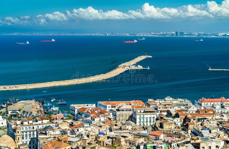 Vista aerea del centro urbano di Algeri in Algeria fotografia stock