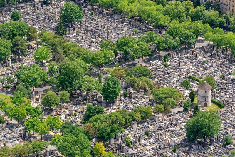 Vista aerea del cimitero di Montparnasse a Parigi fotografia stock