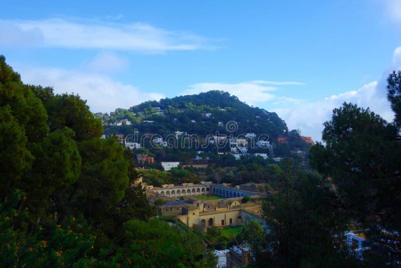 Vista aerea del convento di Certosa di San Giacomo, Capri, isola di Capri, Italia fotografia stock