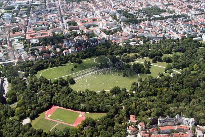 Vista aerea del giardino inglese, Monaco di Baviera fotografia stock libera da diritti