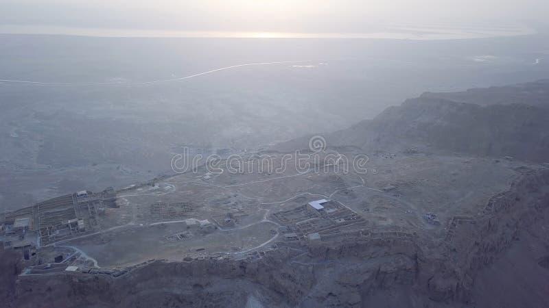 Vista aerea del mar Morto e di Masada di mattina fotografia stock libera da diritti