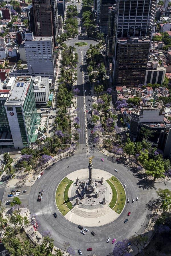 Vista aerea del monumento di angelo di indipendenza a Messico City e Re immagine stock