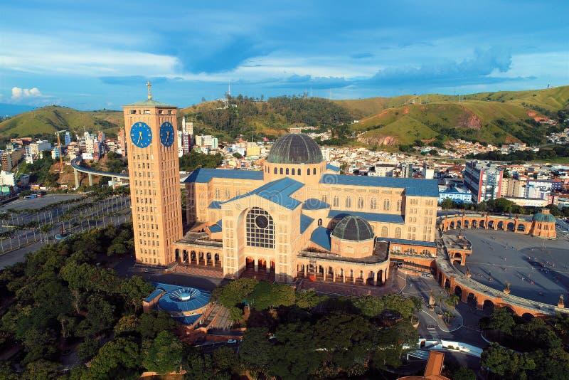 Vista aerea del santuario di Nossa Senhora da Aparecida, Aparecida, São Paulo, Brasile fotografia stock