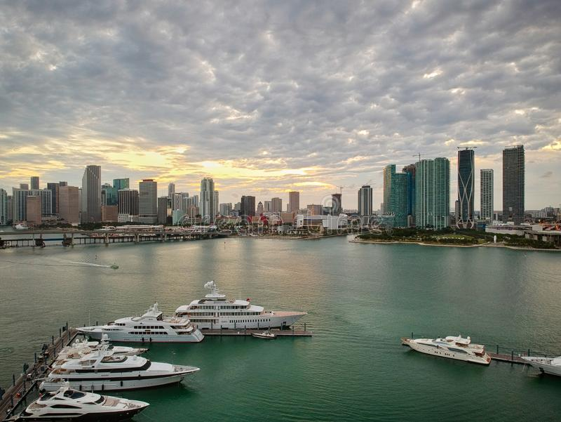 Vista aerea della baia a Miami Florida, U.S.A. fotografia stock libera da diritti
