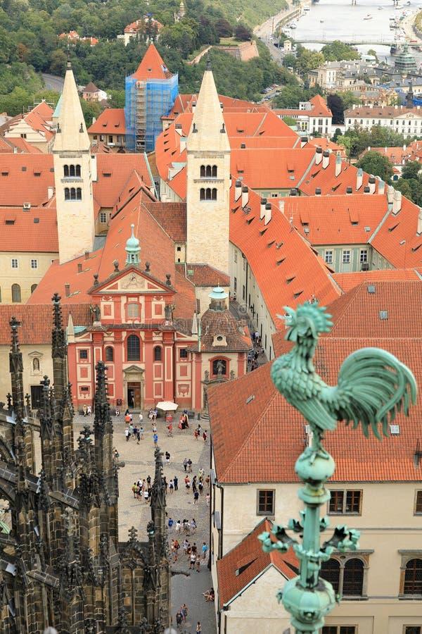 Vista aerea della basilica Bazilika SV di St George Jirí, Praga republika di Ceská di Praga, repubblica Ceca fotografia stock libera da diritti