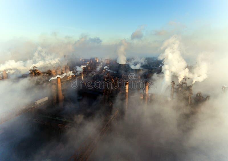 Vista aerea della centrale elettrica fotografie stock