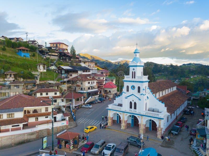 Vista aerea della chiesa Cuenca di Turi fotografie stock