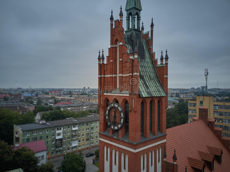 Vista aerea della chiesa della famiglia santa a Kaliningrad fotografia stock libera da diritti