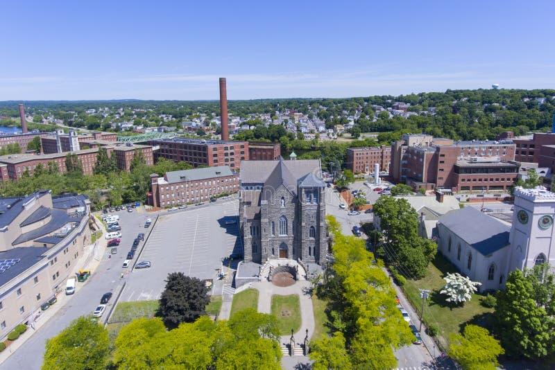 Vista aerea della chiesa di Lowell, Massachusetts, U.S.A. immagine stock