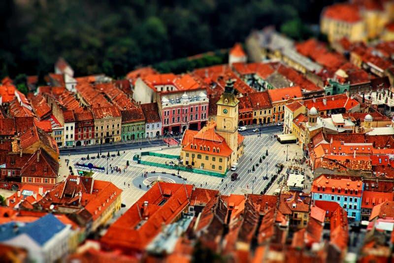 Vista aerea della città con effetto dello inclinazione-spostamento romania fotografie stock libere da diritti