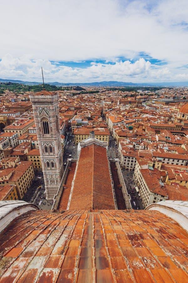 Vista aerea della città di Firenze, Italia, dalla cupola di Flo fotografia stock libera da diritti