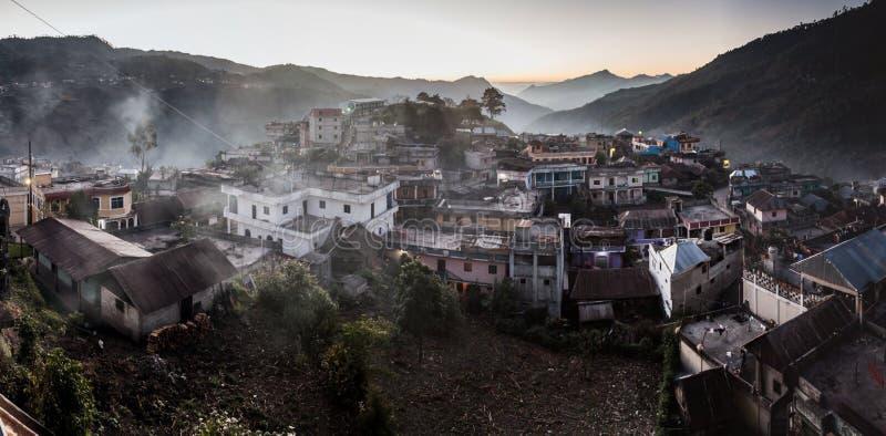 Vista aerea della città di San Mateo Ixtatan, Guatema fotografia stock