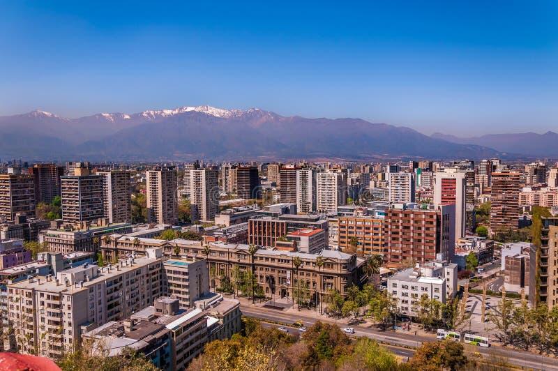 Vista aerea della città di Santiago del Cile fotografia stock libera da diritti
