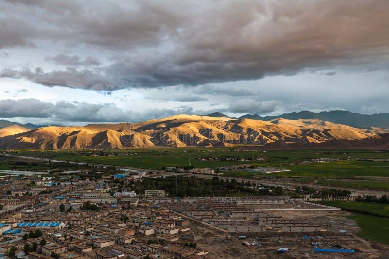 Vista aerea della contea di Gyantse, Tibet, Cina fotografie stock libere da diritti