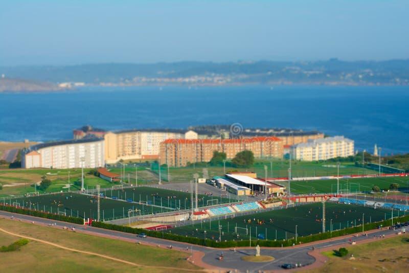 Vista aerea della La Coruna, Spagna della città Effetto dello spostamento di inclinazione fotografie stock