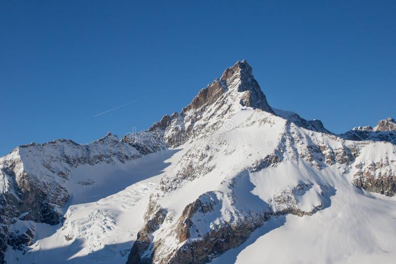 Vista aerea della montagna del Cervino immagine stock libera da diritti